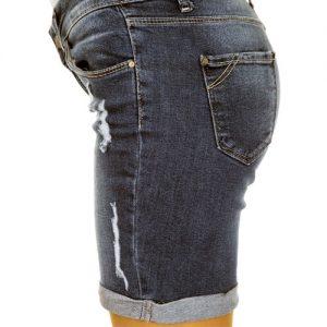 jeans laundry